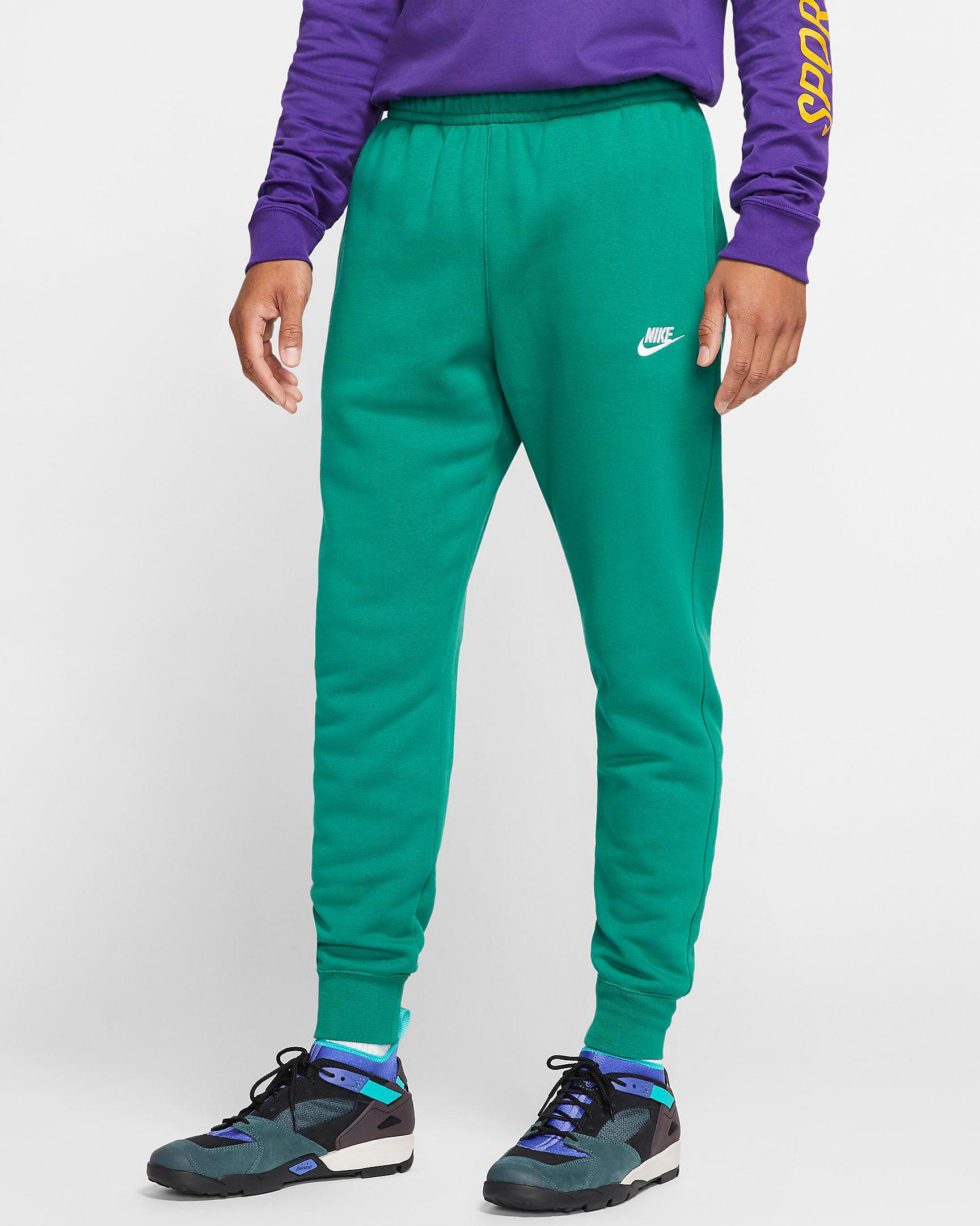 nike-island-green-just-do-it-fleece-joggers-1