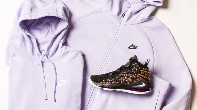nike-lebron-17-lakers-hoodie-pants-match