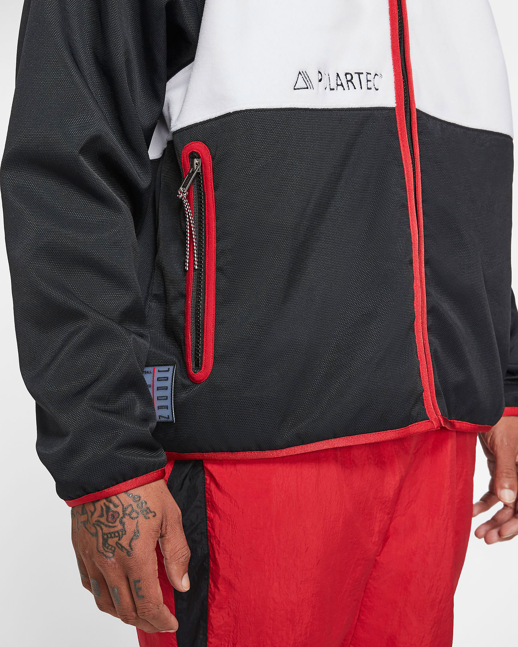 air-jordan-1-bred-polartec-fleece-jacket-4