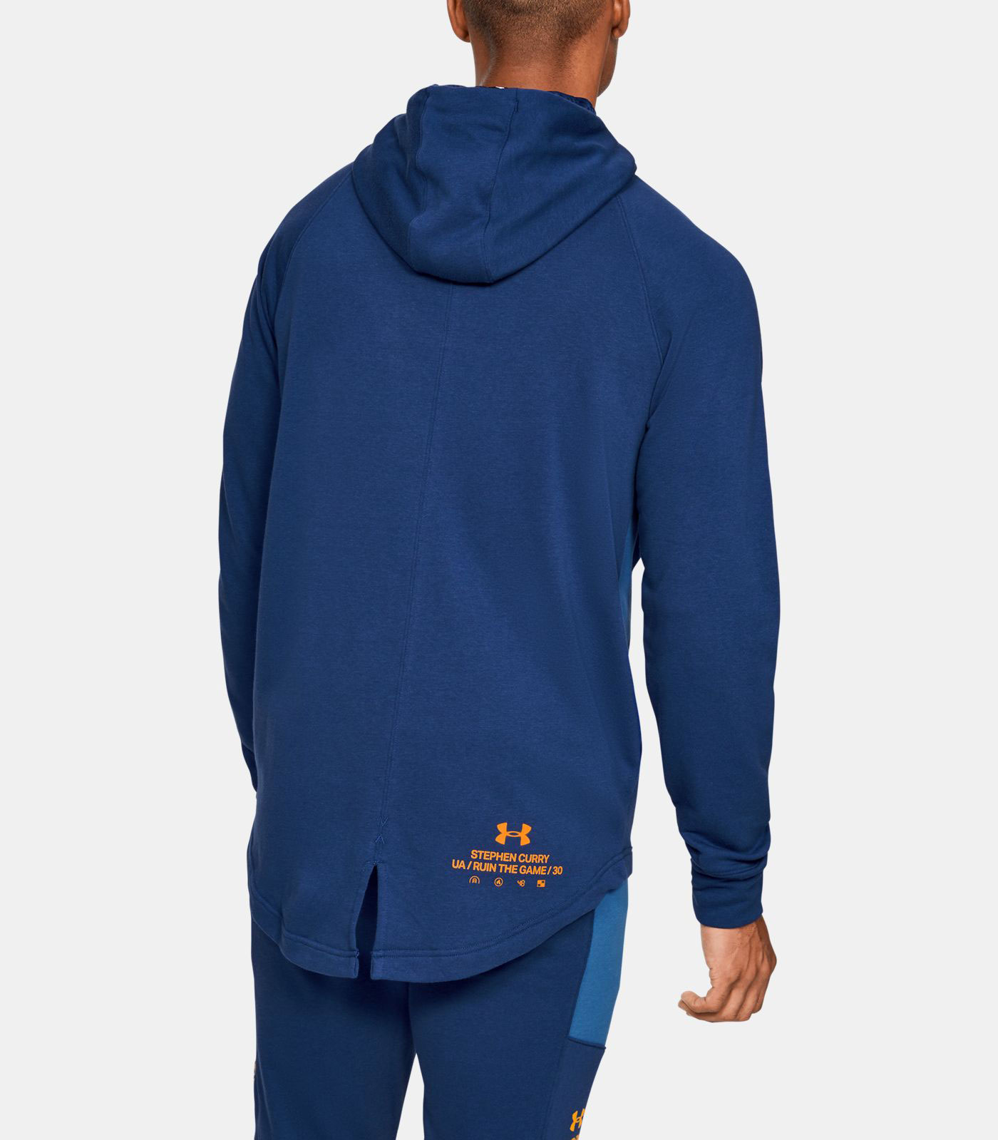 curry-7-super-soaker-hoodie-match-3