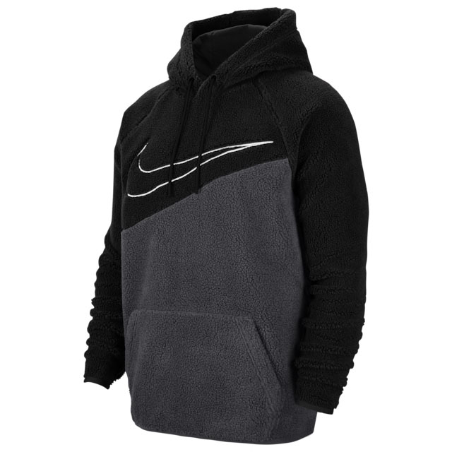 nike-foamposite-one-swoosh-hoody-match-1