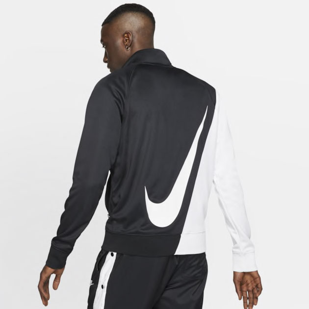 nike-foamposite-one-swoosh-jacket-match-2