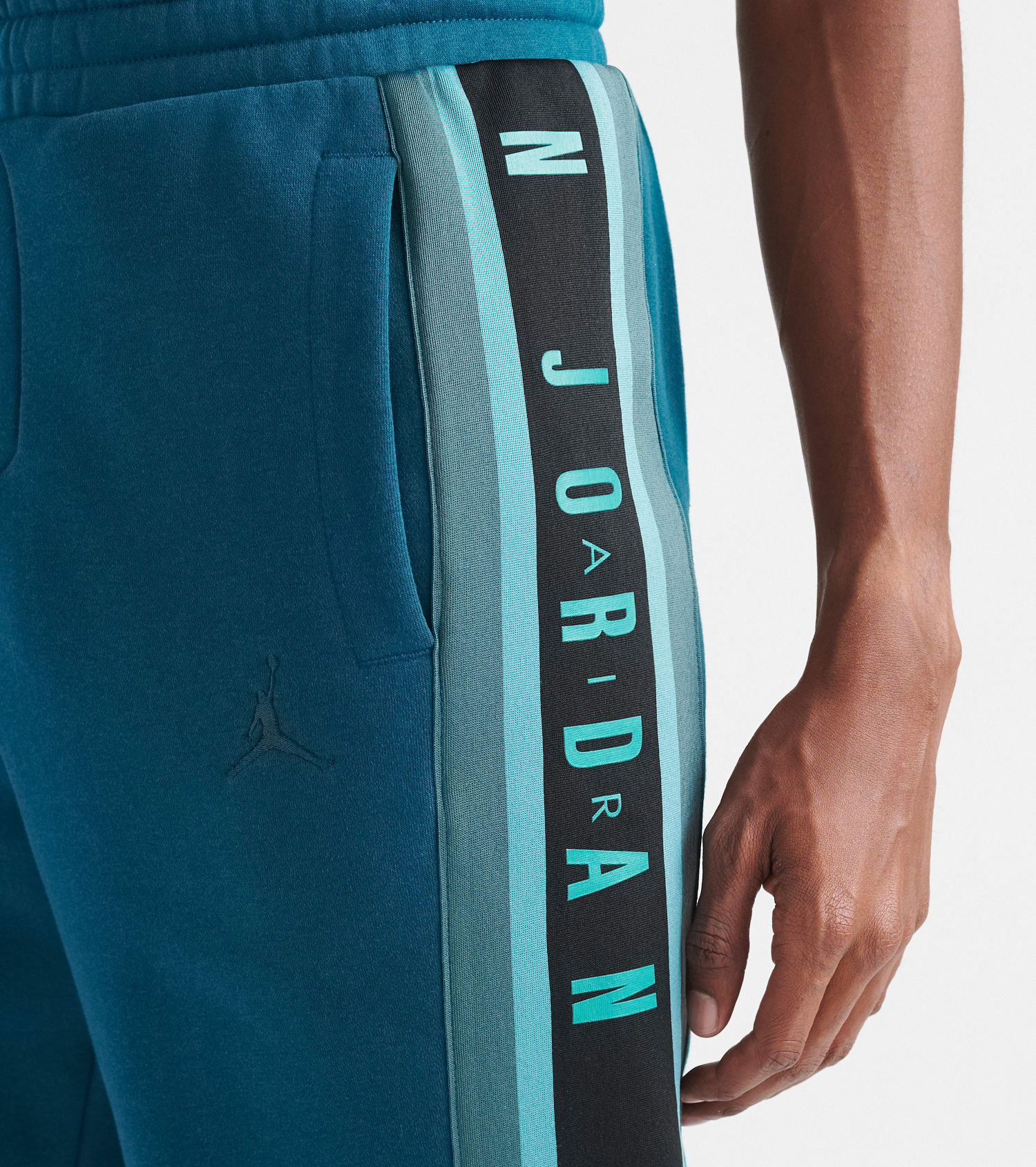 air-jordan-5-oil-grey-matching-pants