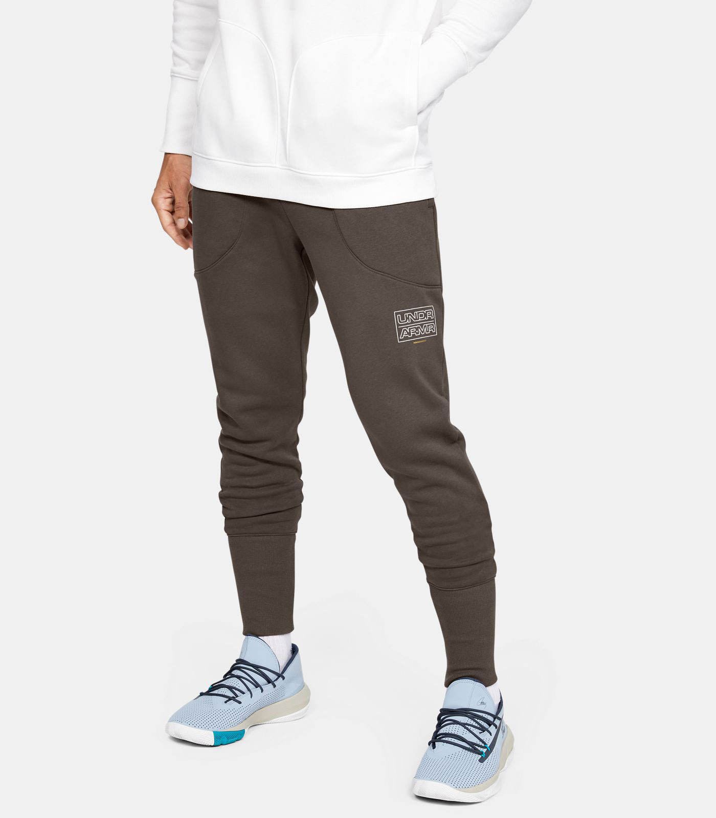 curry-7-our-history-matching-jogger-pants