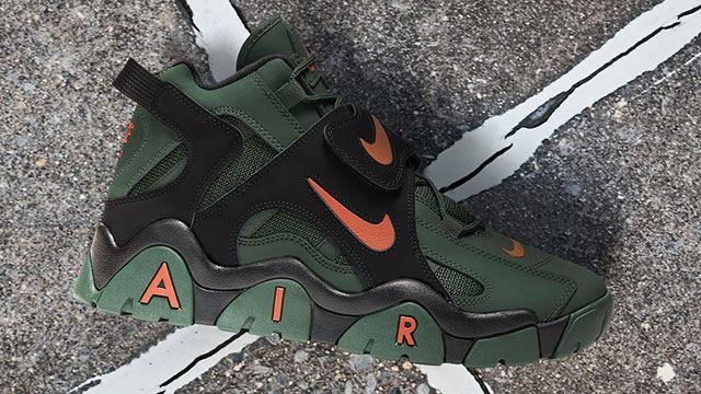 nike-air-barrage-mid-super-bowl-liv-miami-hurricanes-available-now
