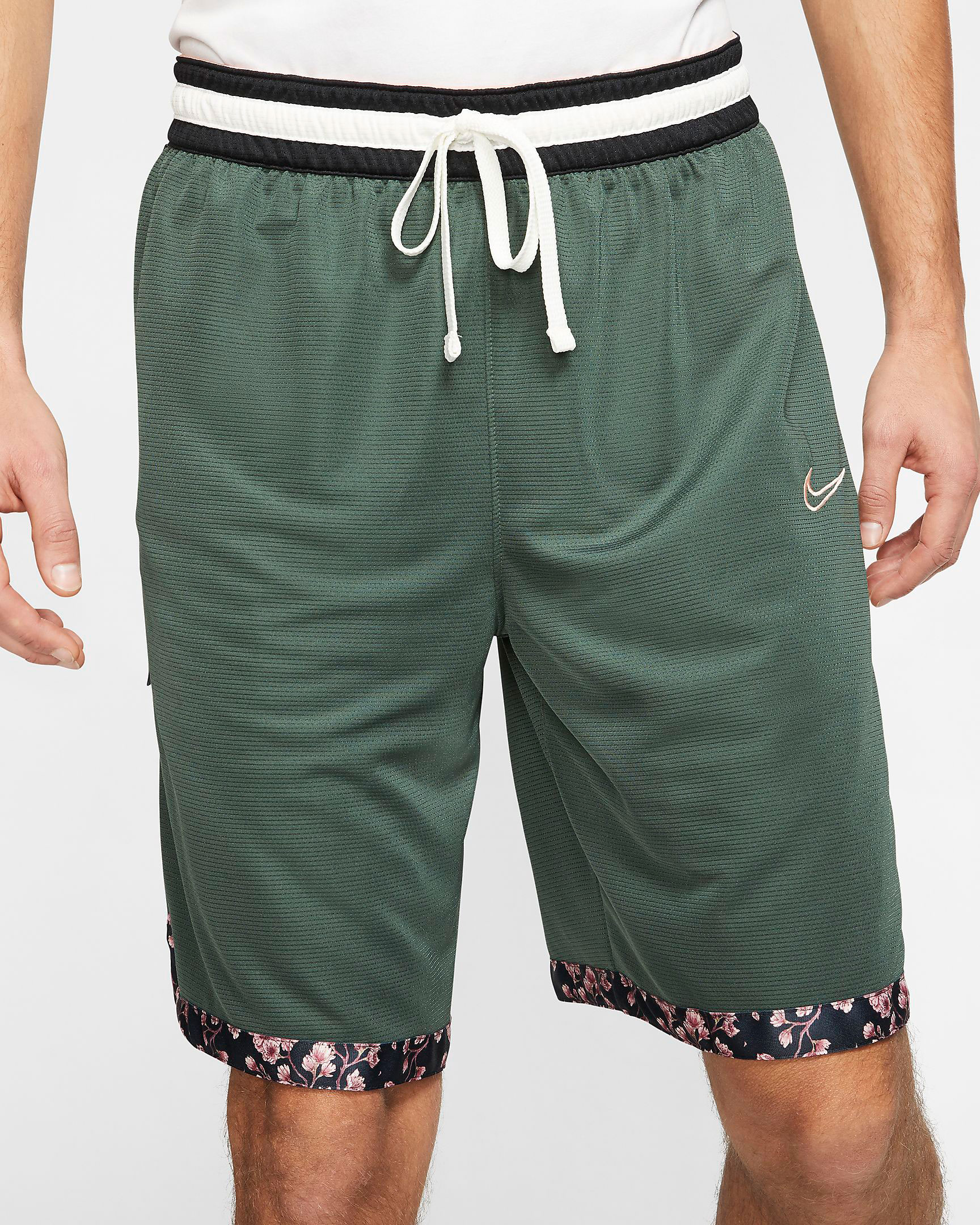nike-cherry-blossoms-shorts-4