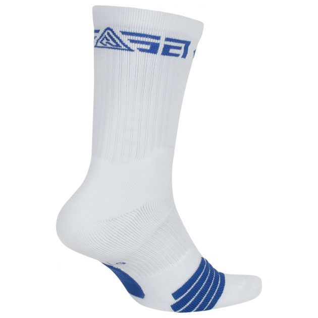 nike-giannis-freak-1-socks-white-blue-2