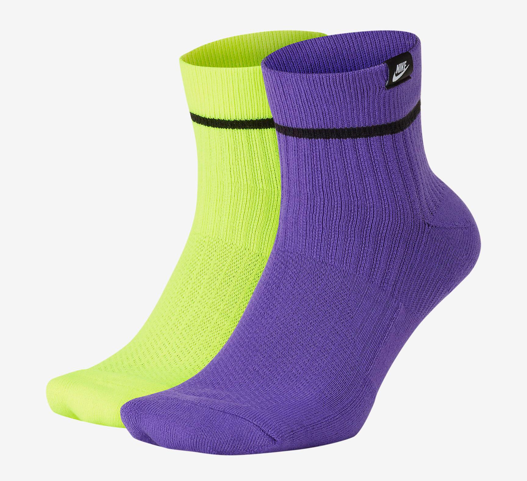 nike-pg-4-gatorade-socks-match