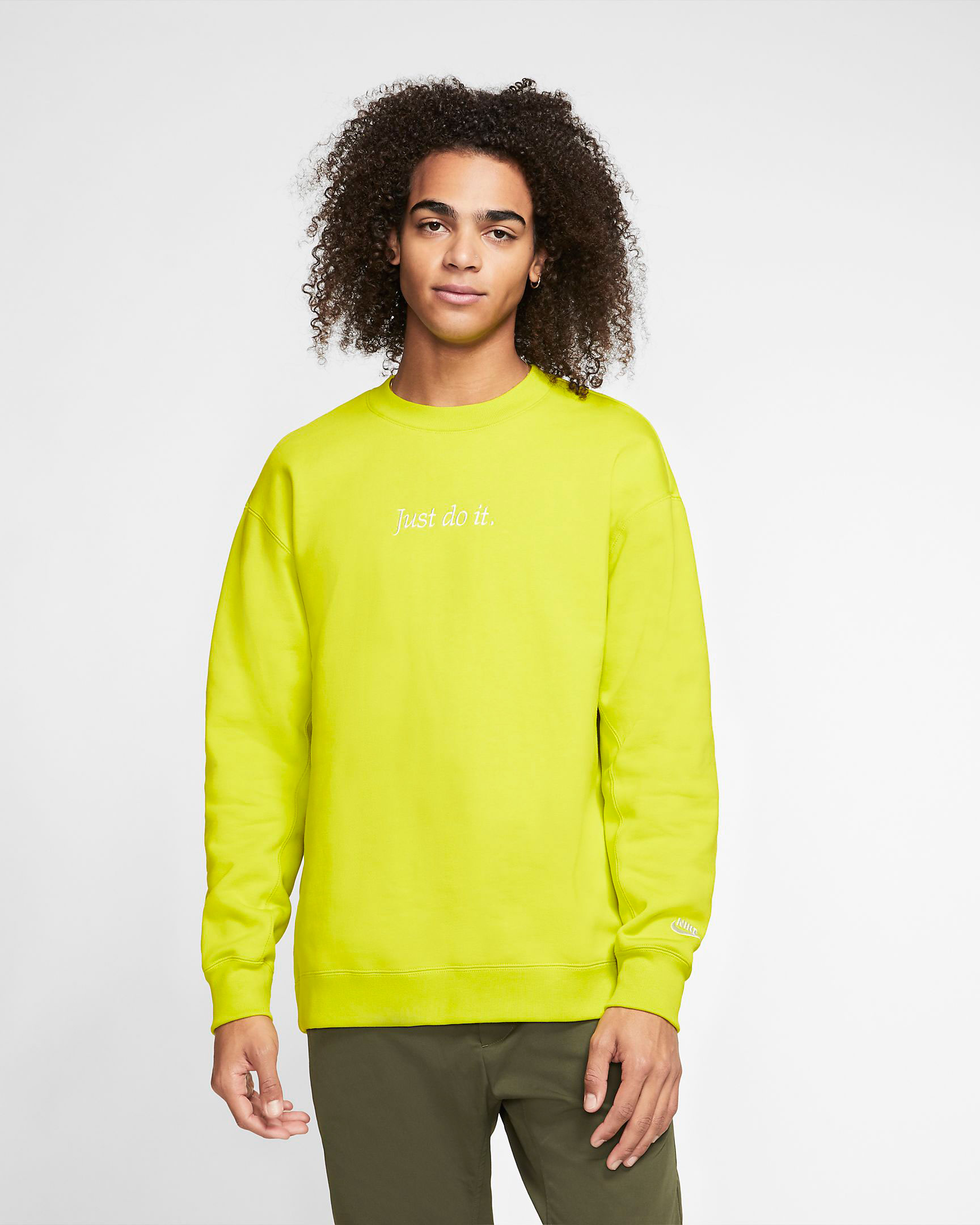 nike-sportswear-jdi-just-do-it-crew-sweatshirt-volt