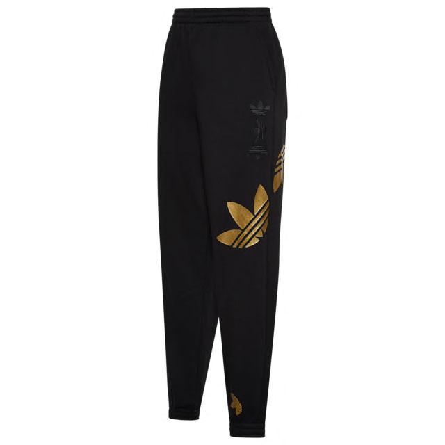 yeezy-boost-350-v2-marsh-yellow-womens-pants-match