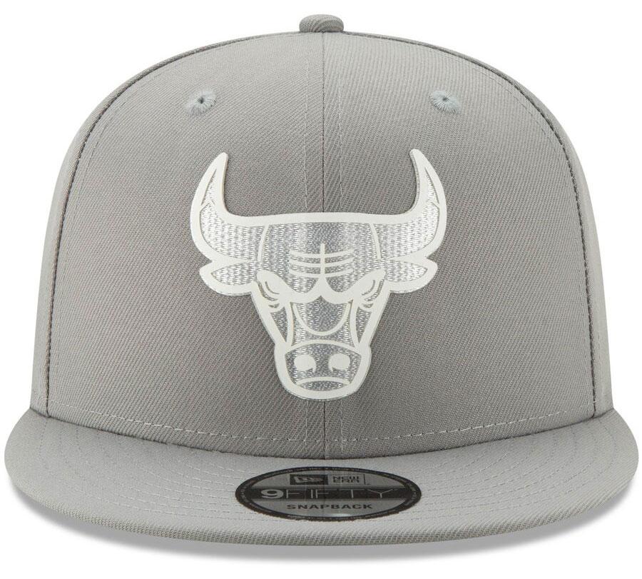 jordan-1-mid-disco-ball-bulls-silver-snapback-cap