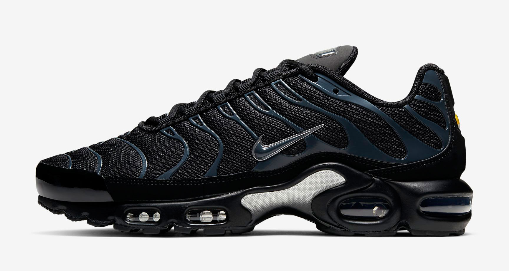 nike-air-max-plus-black-metallic-silver-release-date