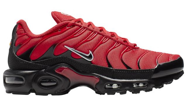 nike-air-max-plus-red-noir