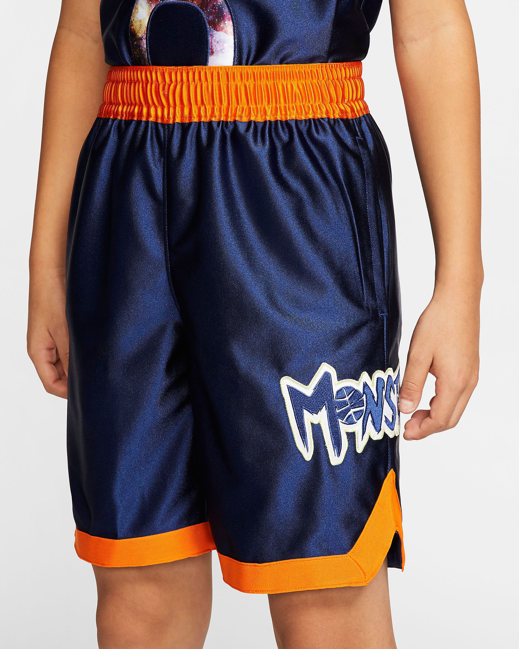 nike-lebron-monstars-kids-shorts-1