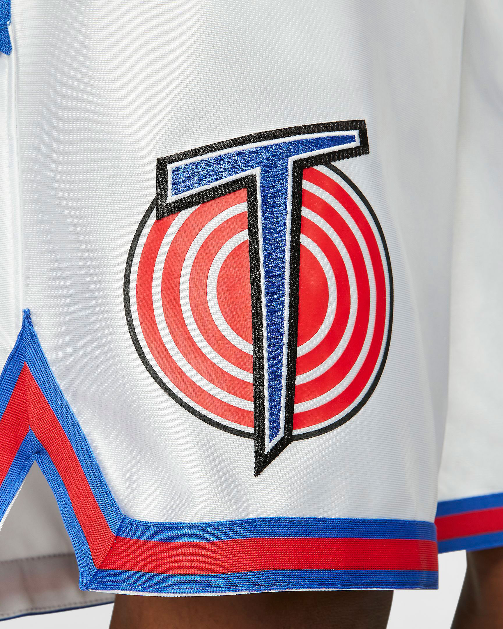 nike-lebron-tune-squad-shorts-3