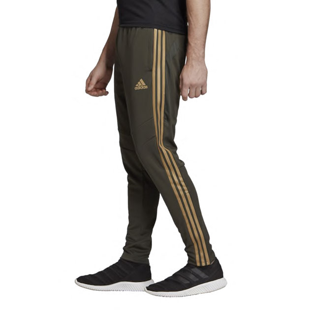 yeezy-bost-350-v2-earth-adidas-pants-1