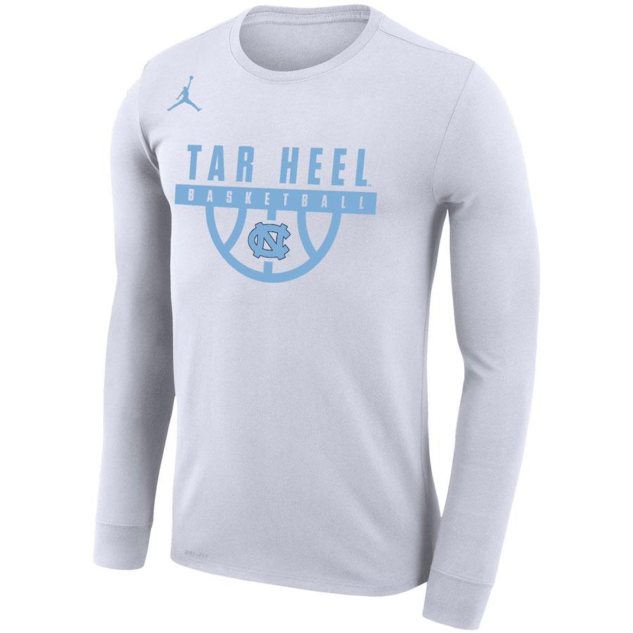air-jordan-3-unc-tar-heels-crew-shirt-1
