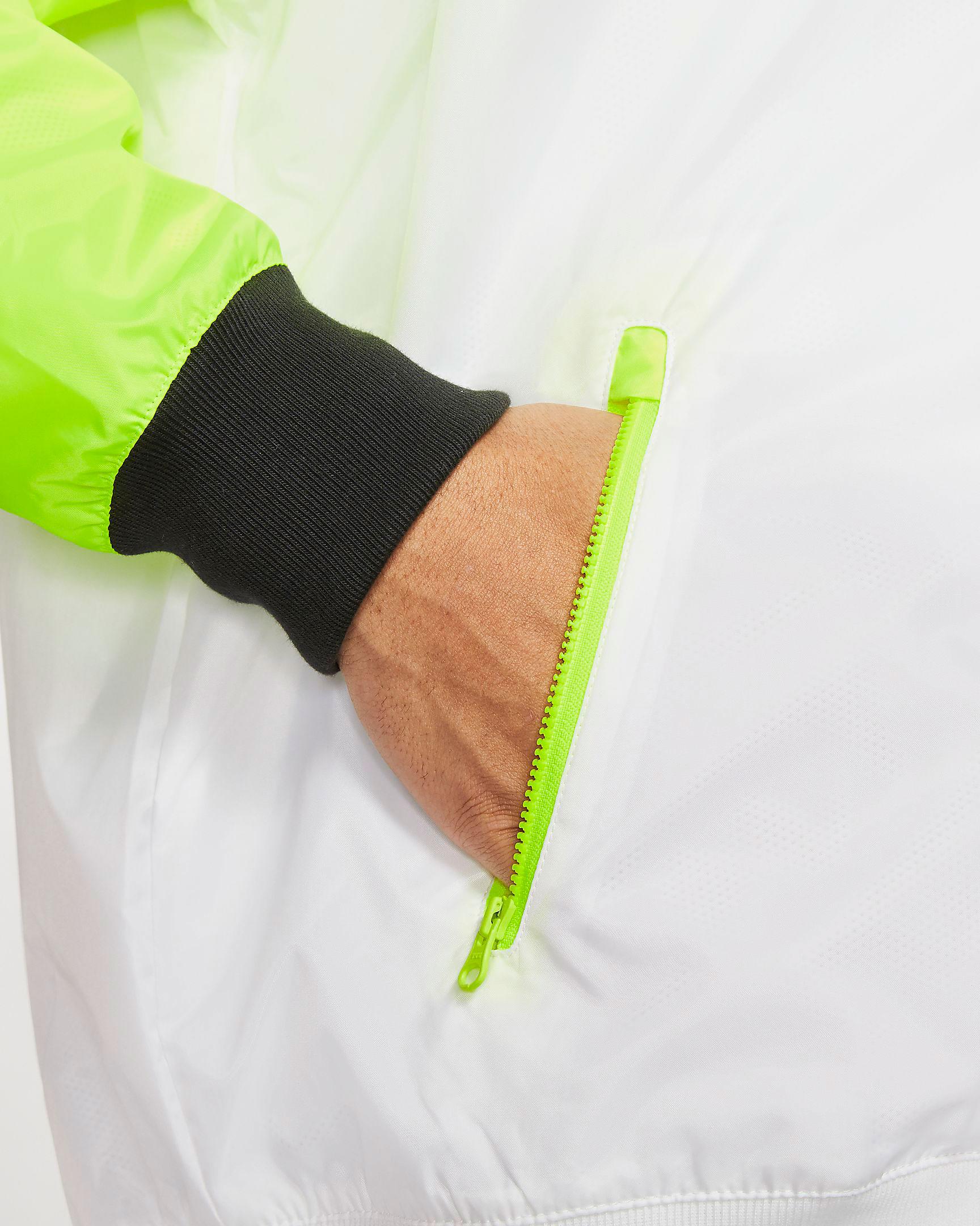 air-jordan-4-neon-volt-nike-jacket-match-4