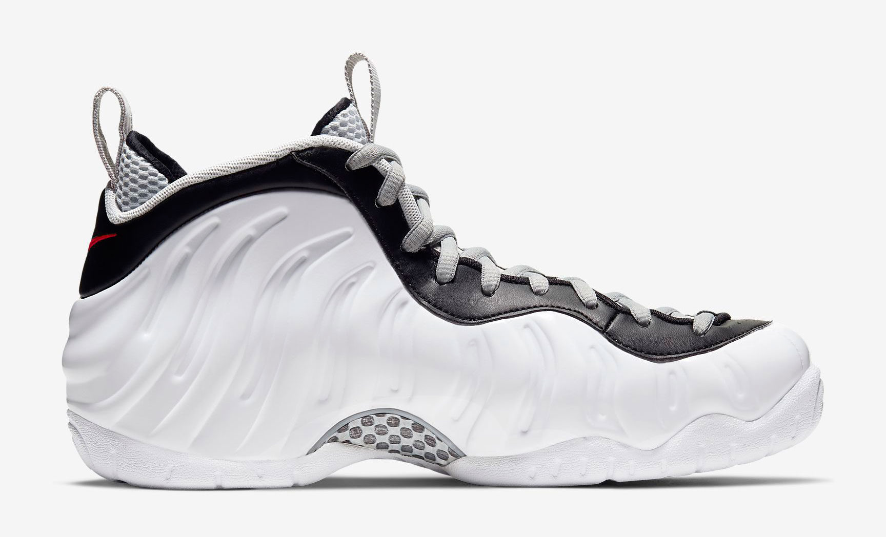 nike-air-foamposite-pro-white-black-red-3