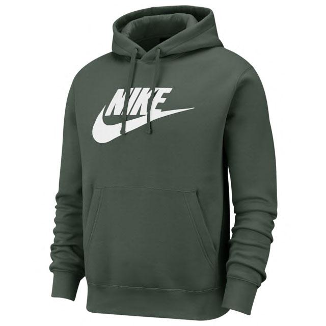 nike-green-hoodie