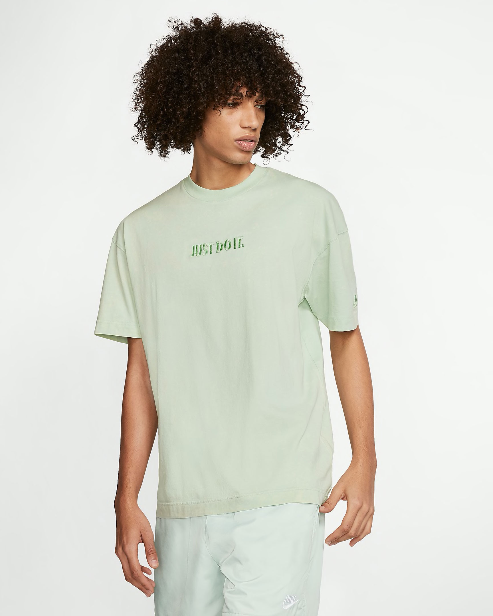 nike-sportswear-jdi-pistachio-frost-shirt