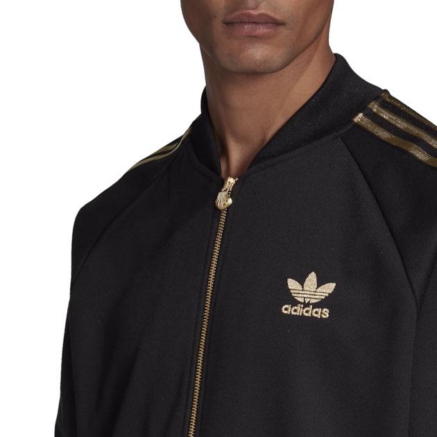 yeezy-boost-350-v2-cinder-jacket-match-black-gold-2