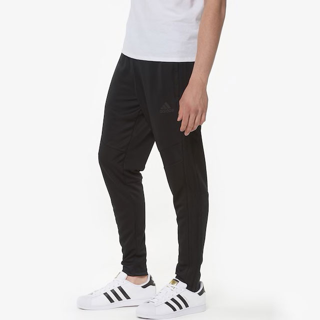yeezy-boost-350-v2-cinder-pants-match-2