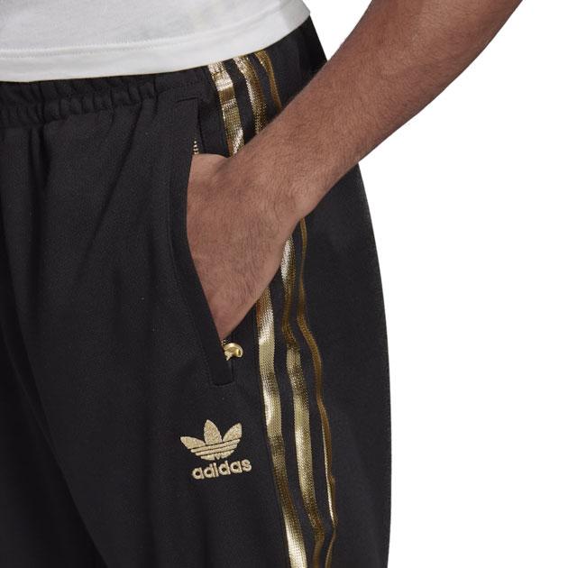 yeezy-boost-350-v2-cinder-pants-match-black-gold-1