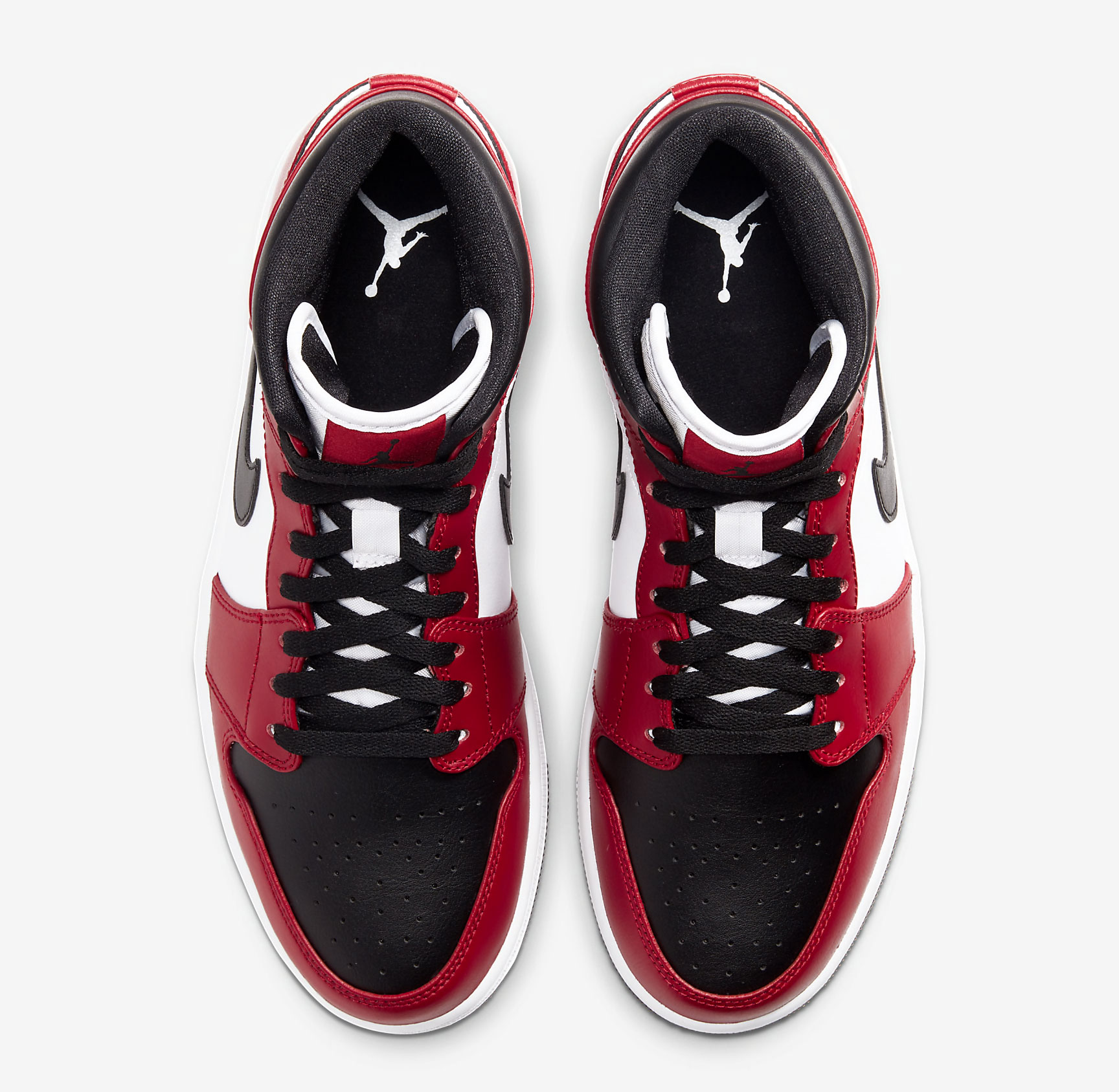 air-jordan-1-mid-chicago-black-toe-4