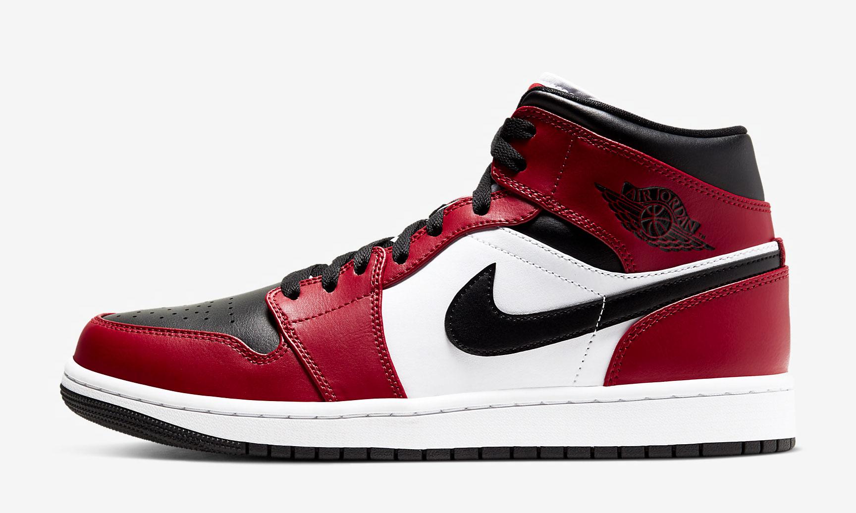 air-jordan-1-mid-chicago-black-toe-sneaker-outfits