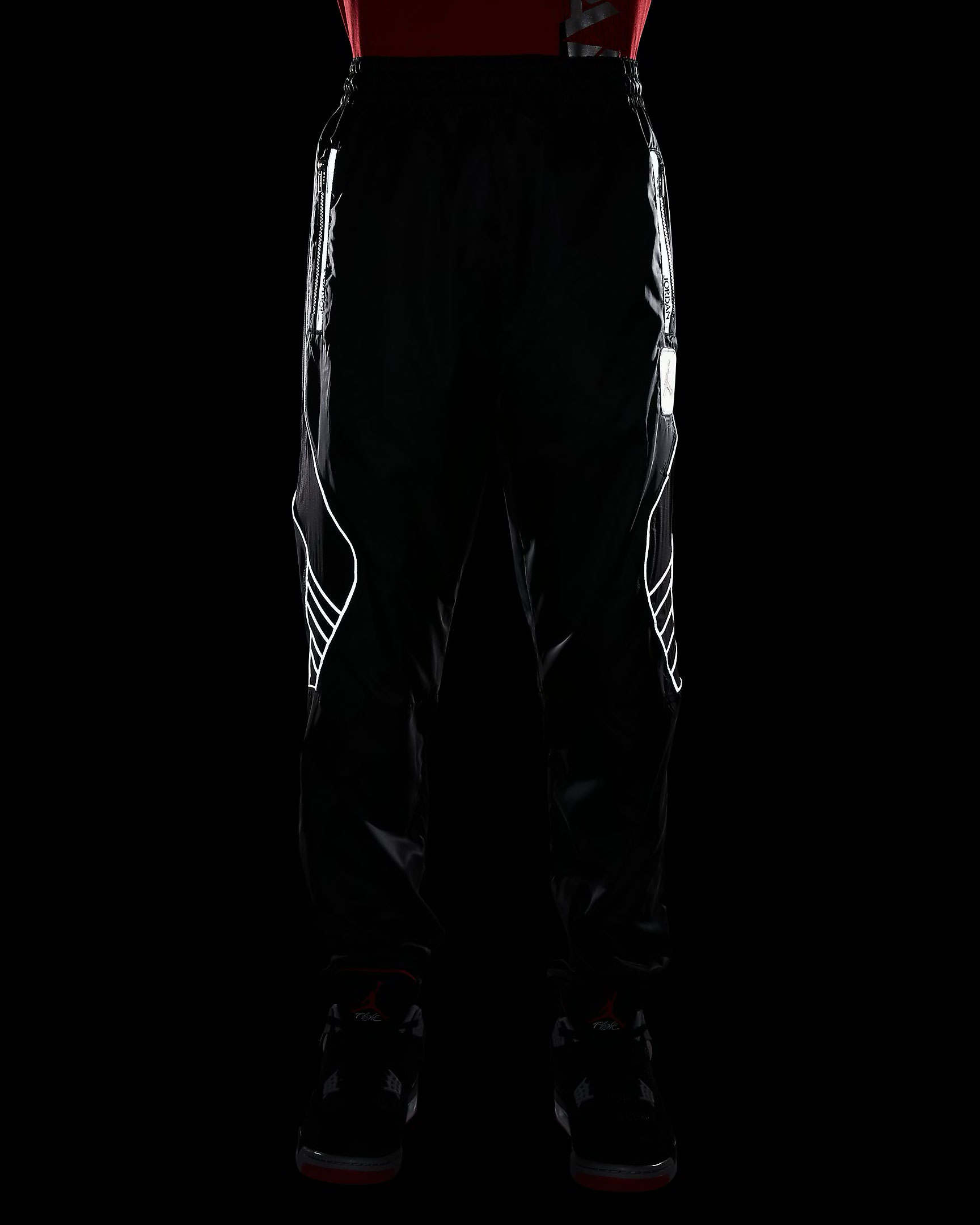air-jordan-5-fire-red-silver-tongue-reflective-pants-9