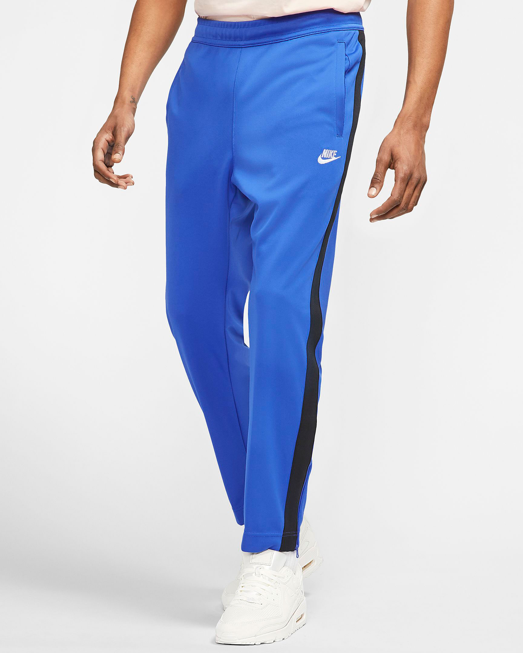 jordan-1-game-royal-toe-nike-pant-match-1
