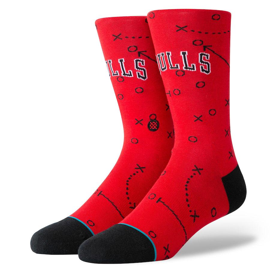 jordan-11-low-concord-bred-bulls-socks-3