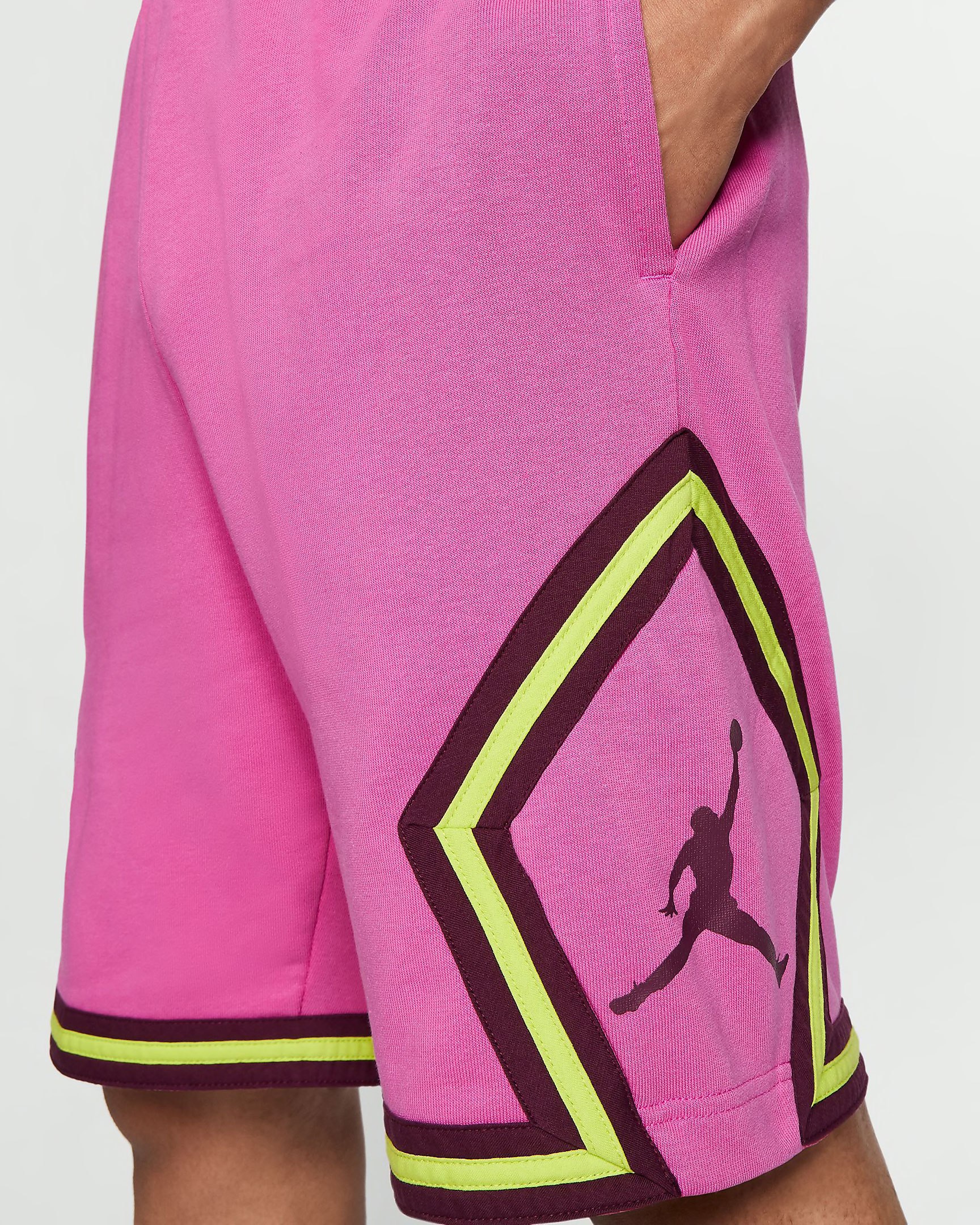 jordan-jumpman-diamond-shorts-fuchsia-cyber-1