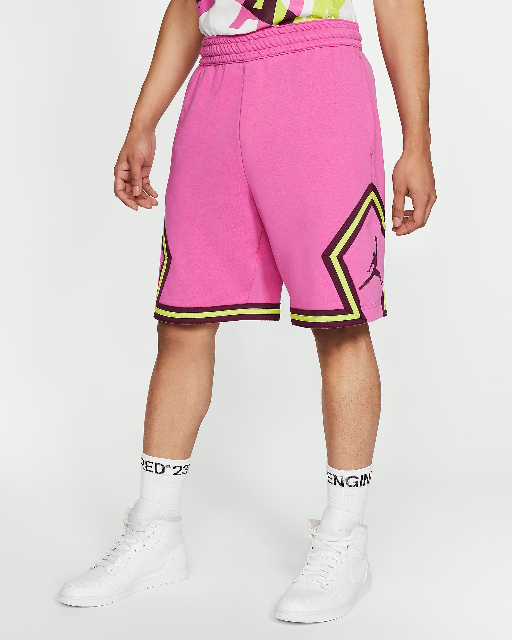 jordan-jumpman-diamond-shorts-fuchsia-cyber