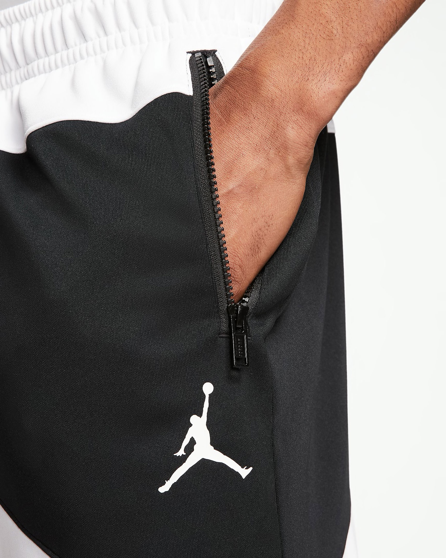 jordan-jumpman-wave-shorts-black-white-red-4