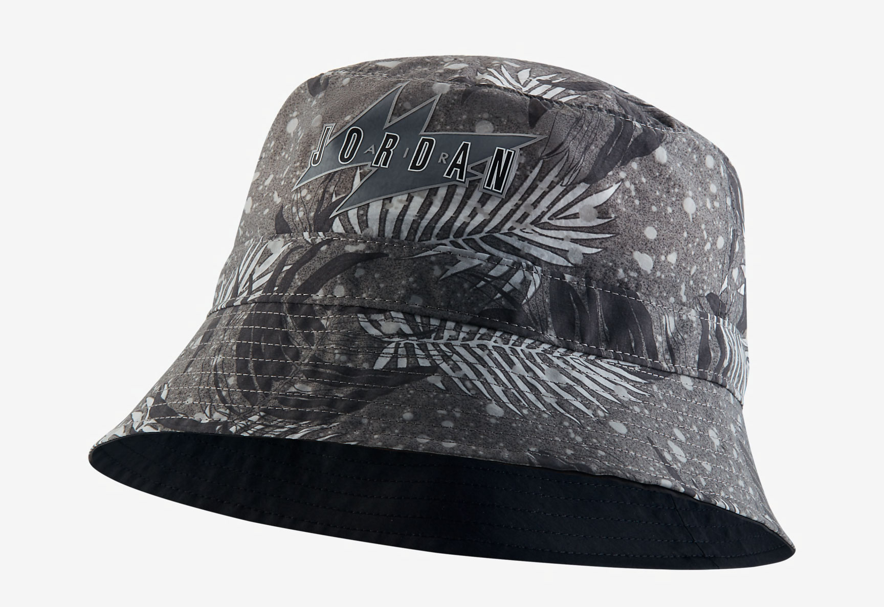 jordan-poolside-bucket-hat-grey-black-1