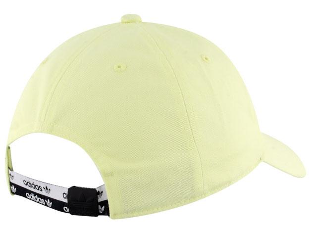 yeezy-boost-700-mnvn-phosphor-hat-match-2