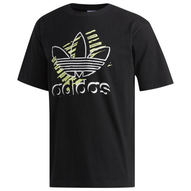 yeezy-boost-700-mnvn-phosphor-shirt-match-2