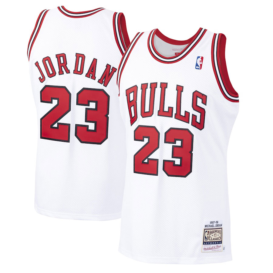 air-jordan-4-metallic-red-michael-jordan-1997-98-bulls-jersey