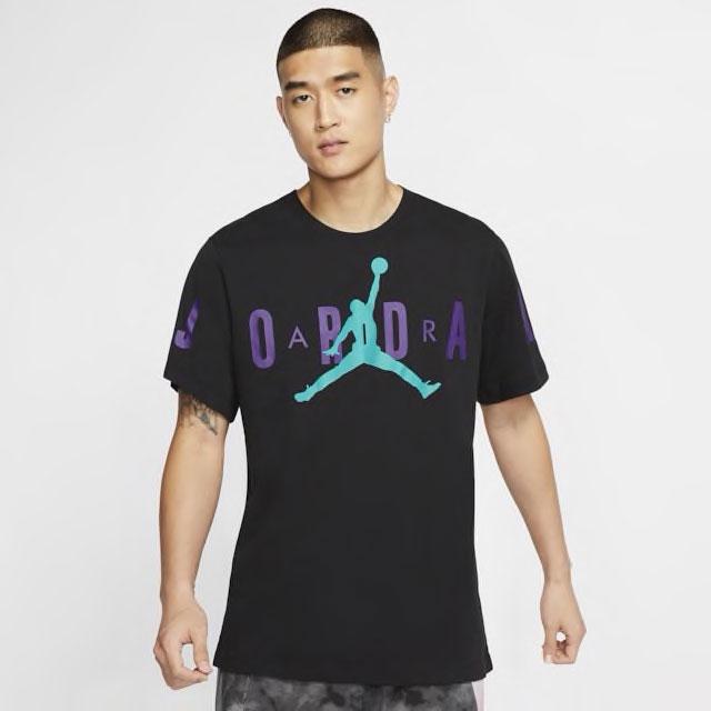 jordan-4-purple-metallic-sneaker-shirt