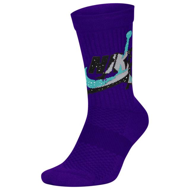 jordan-4-purple-metallic-socks