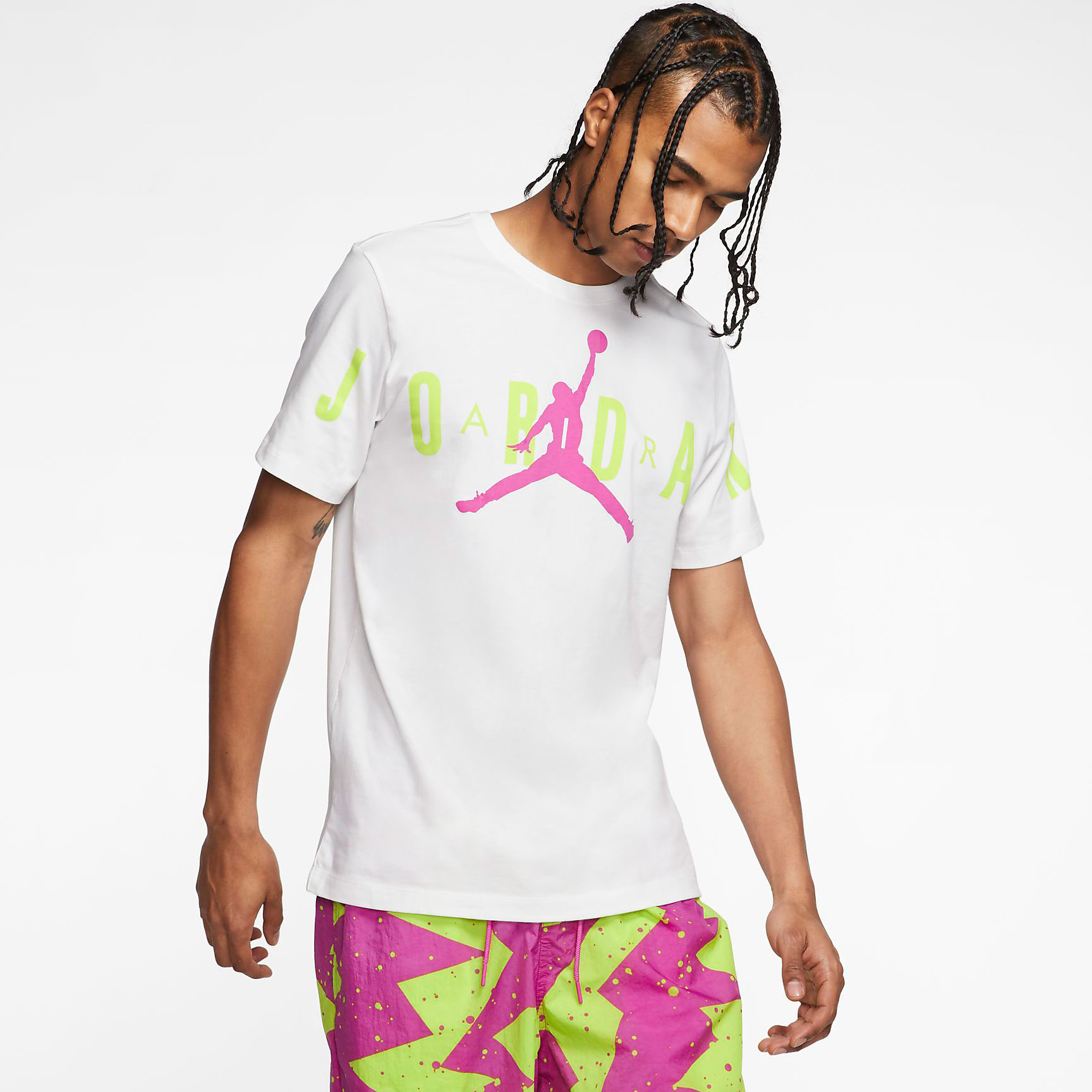 jordan-fuchsia-cyber-stretch-shirt