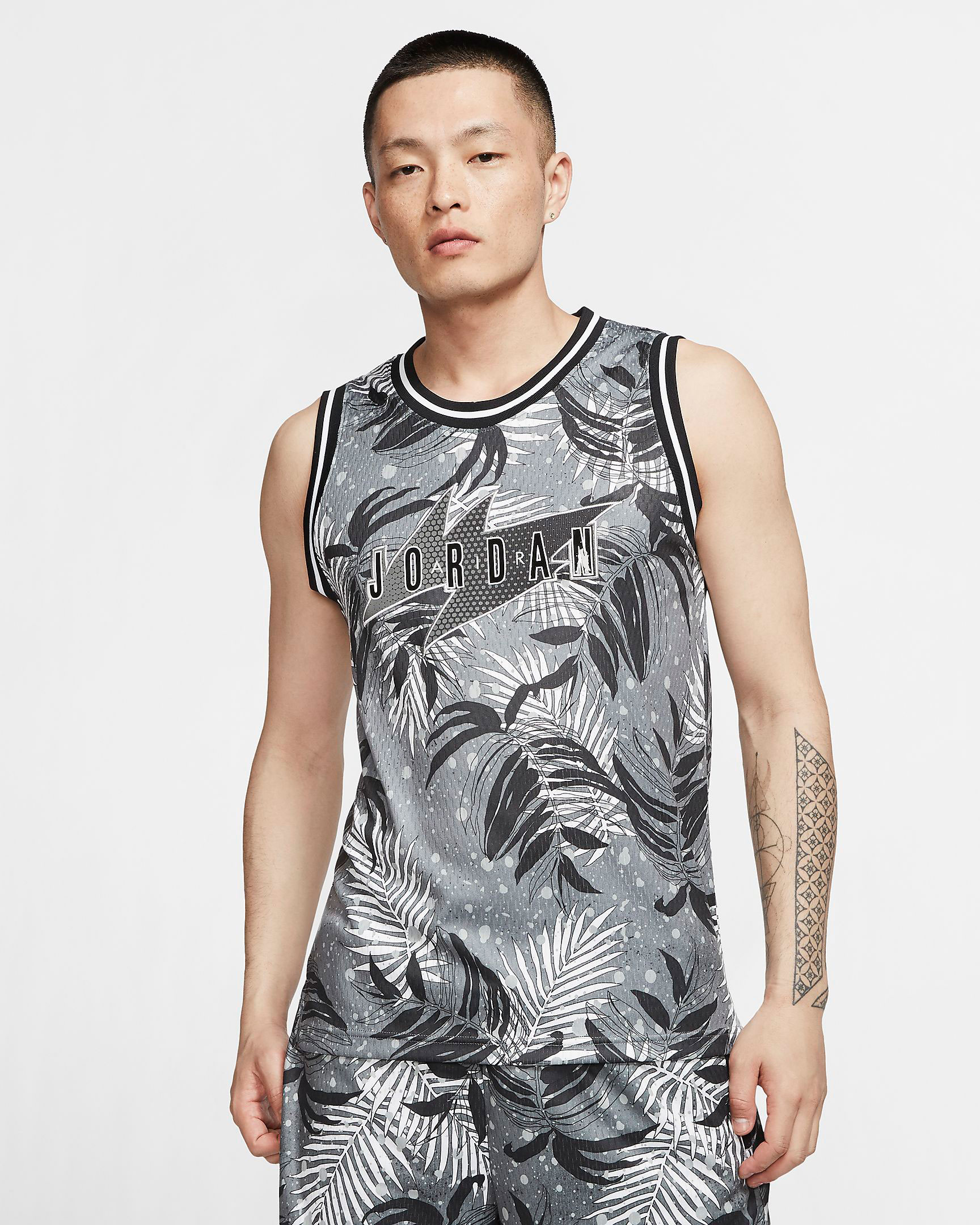 jordan-poolside-floral-jersey-black-grey