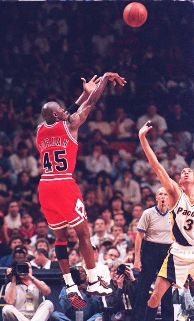michael-jordan-45-wearing-air-jordan-10-chicago-during-return-to-basketball