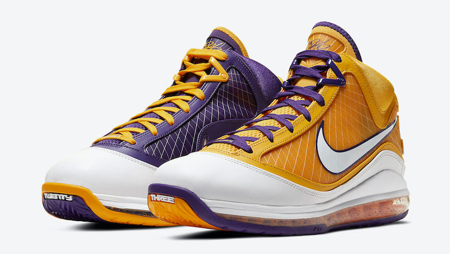 nike-lebron-7-media-day-lakers-where-to-buy