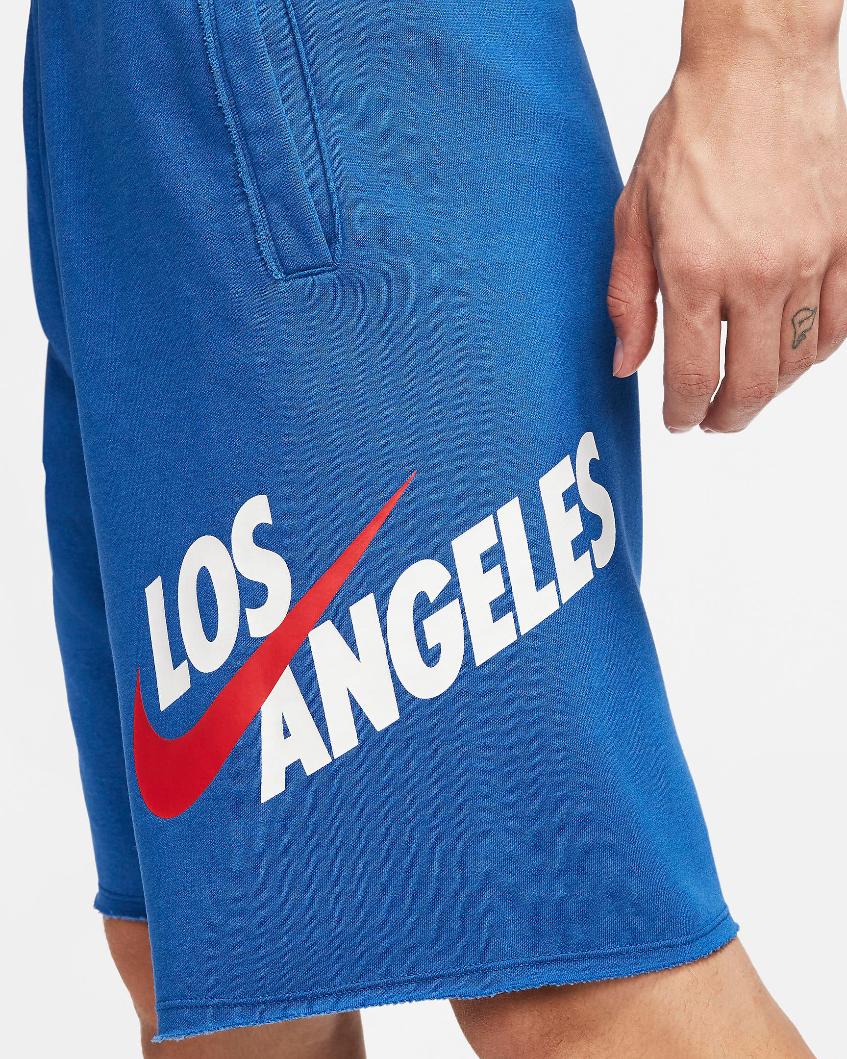 nike-sportswear-usa-los-angeles-alumni-shorts-2
