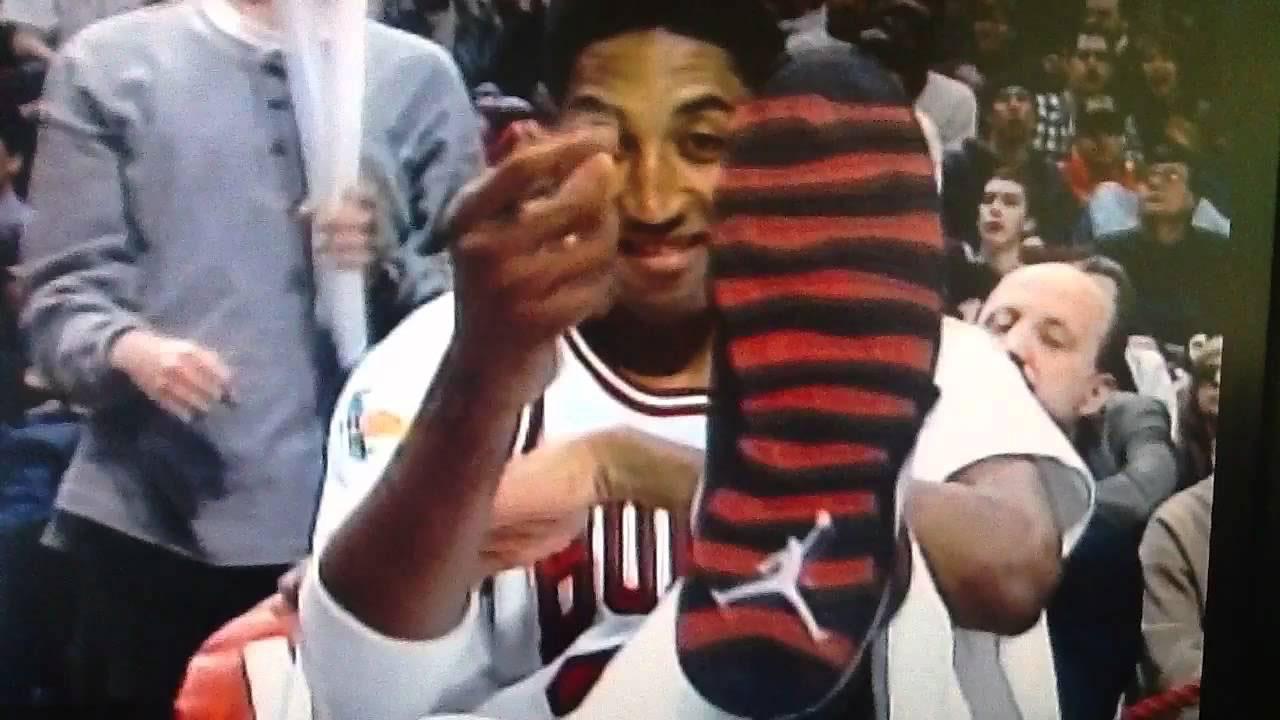 scottie-pippen-wearing-air-jordan-10-chicago
