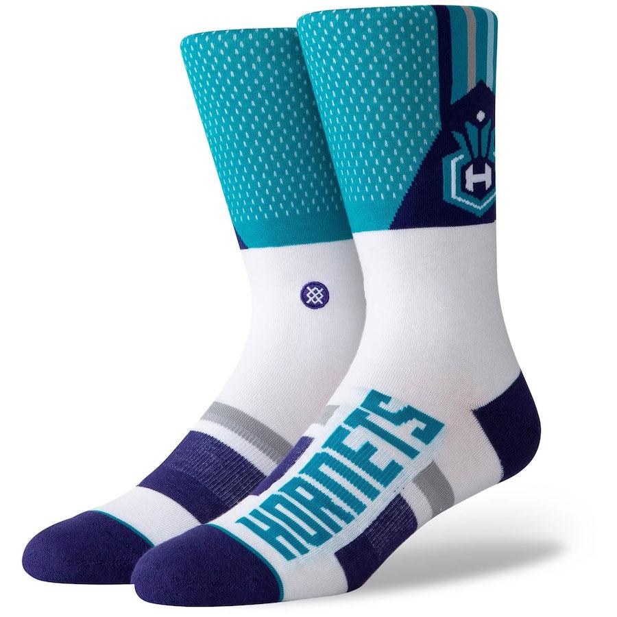 jordan-5-alternate-grape-hornets-socks
