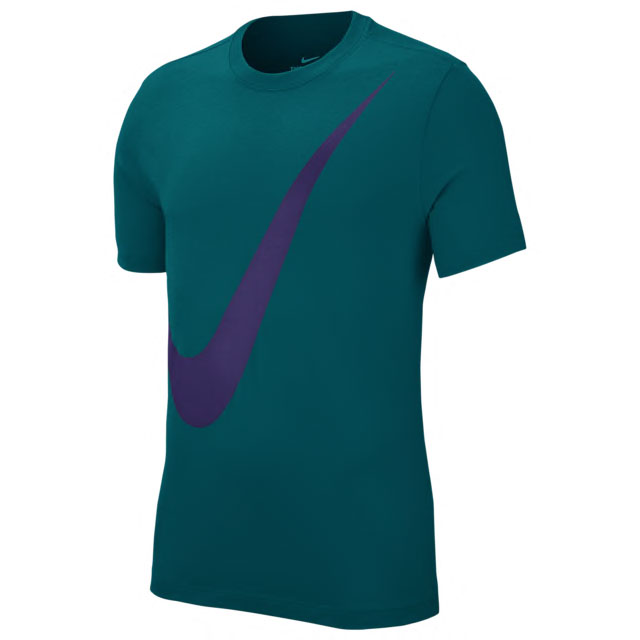 jordan-5-alternate-grape-purple-matching-nike-shirt